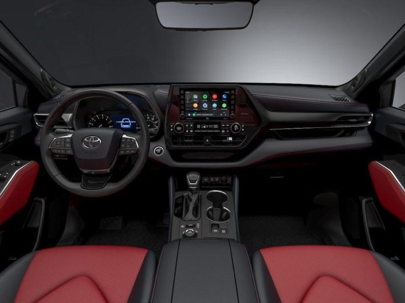 Toyota Highlander New XSE Sporty Trim